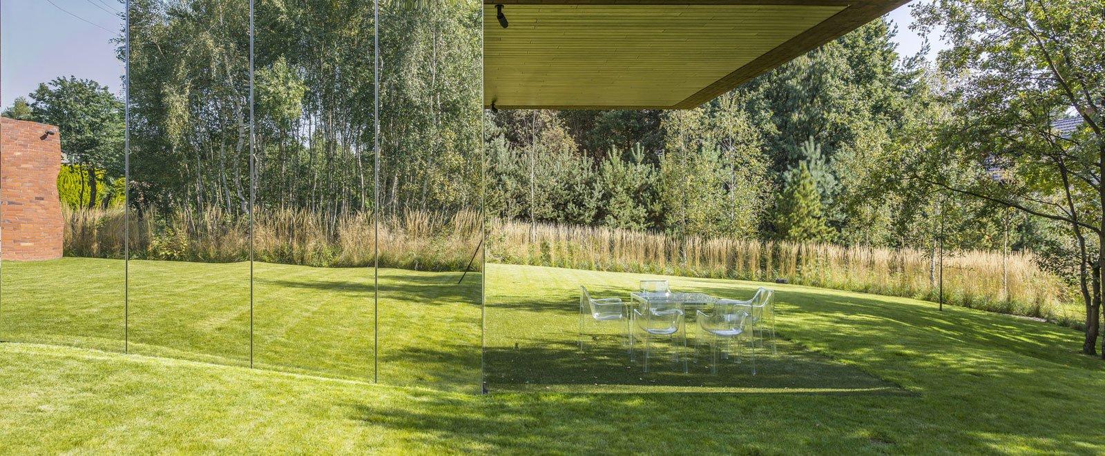 Living-Garden-House-in-Katowice-03