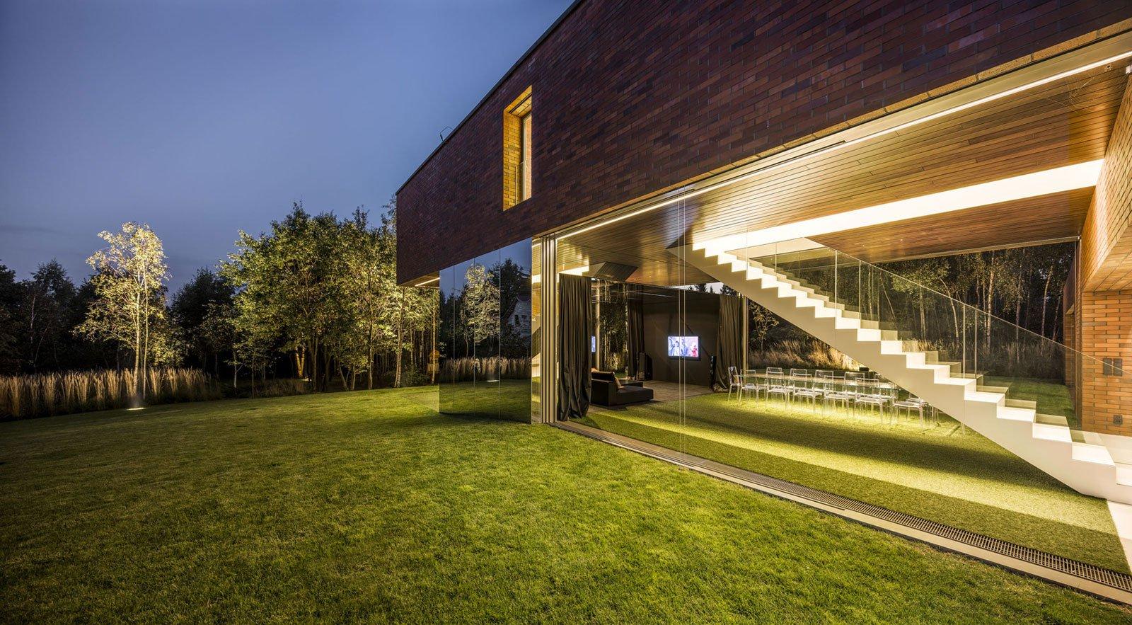 Living-Garden-House-in-Katowice-10