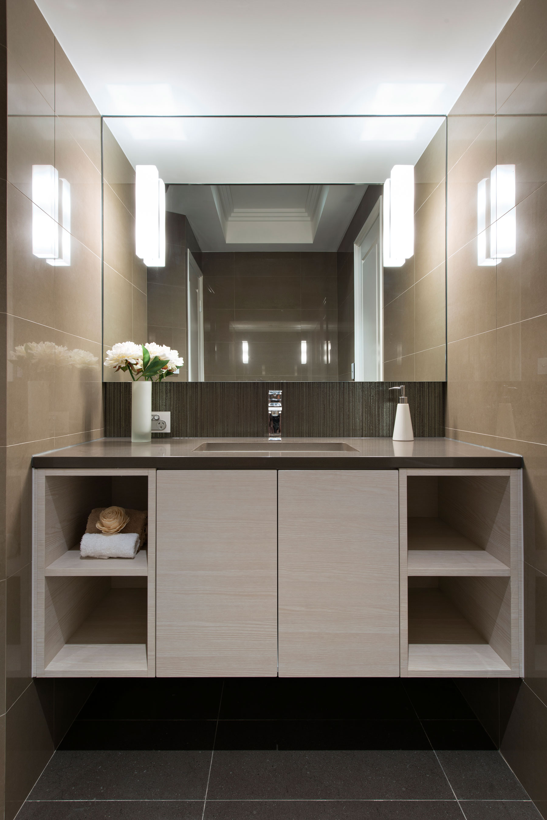 Louise Residence Cambuild-11