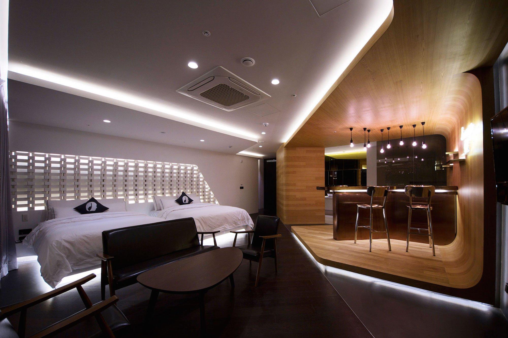Lounge-17-04