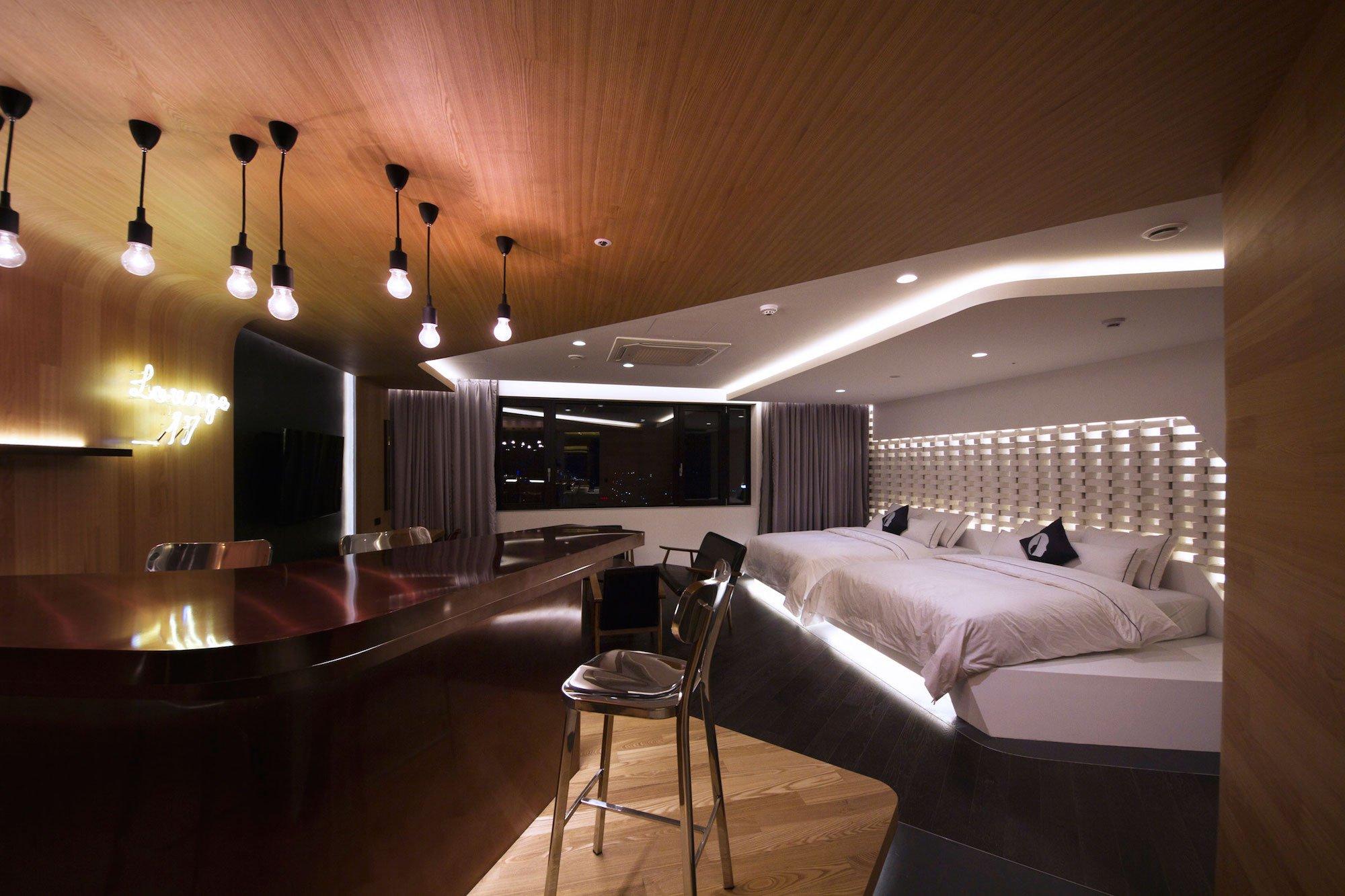 Lounge-17-05