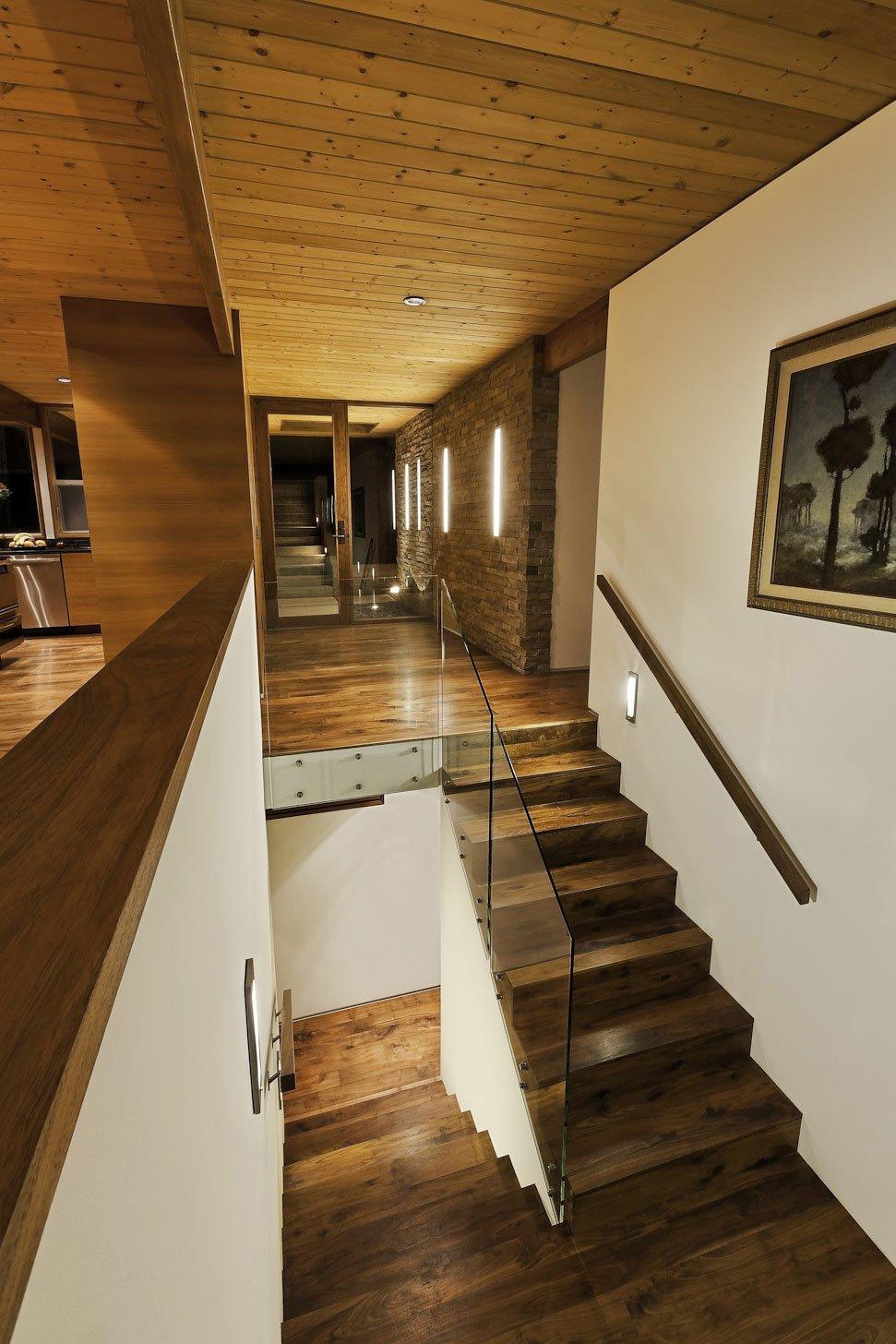 Mid-Century-Modern-Residence-10