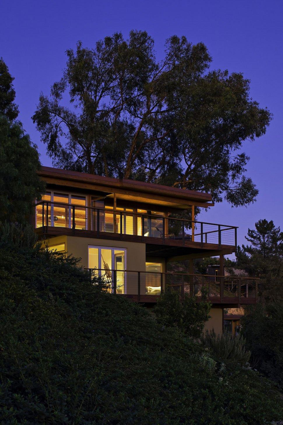 Mid-Century-Modern-Residence-16