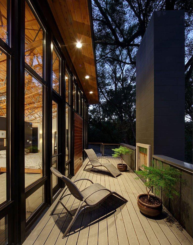 Midvale-Courtyard-House-15