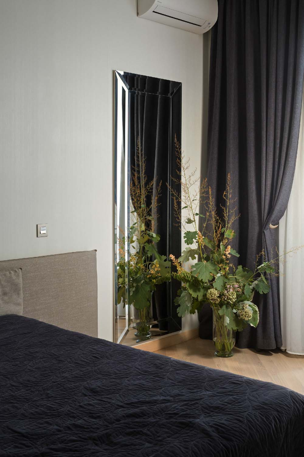 Modern-Apartment-in-Kharkov-10