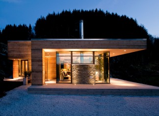Modern Cabin GJ-9 by Gudmundur Jonsson Architect