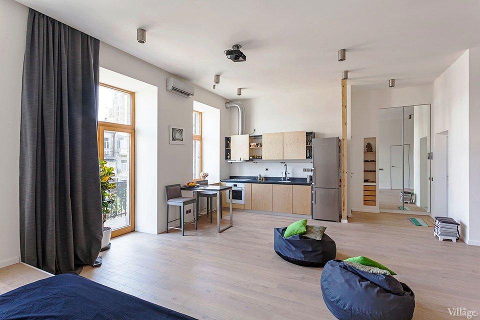 Open-Studio-Apartment-in-Kiev-02