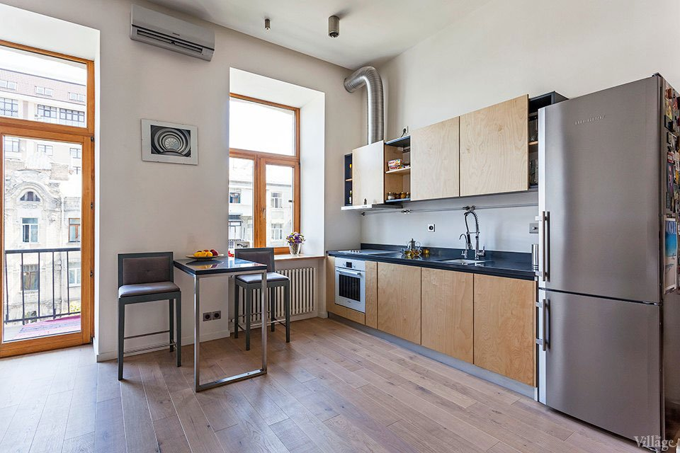 Open-Studio-Apartment-in-Kiev-08
