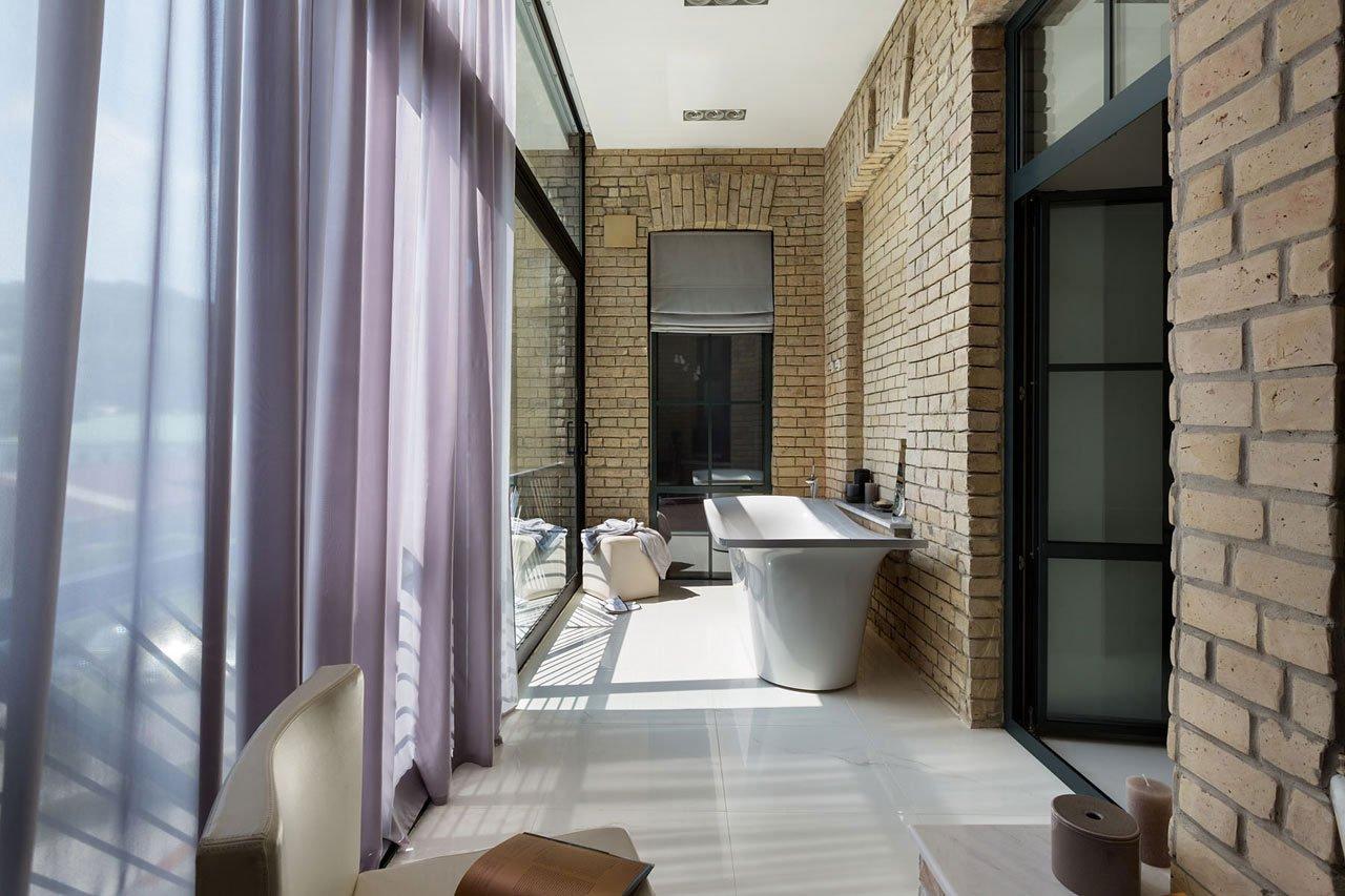 Podil-Loft-Apartment-17