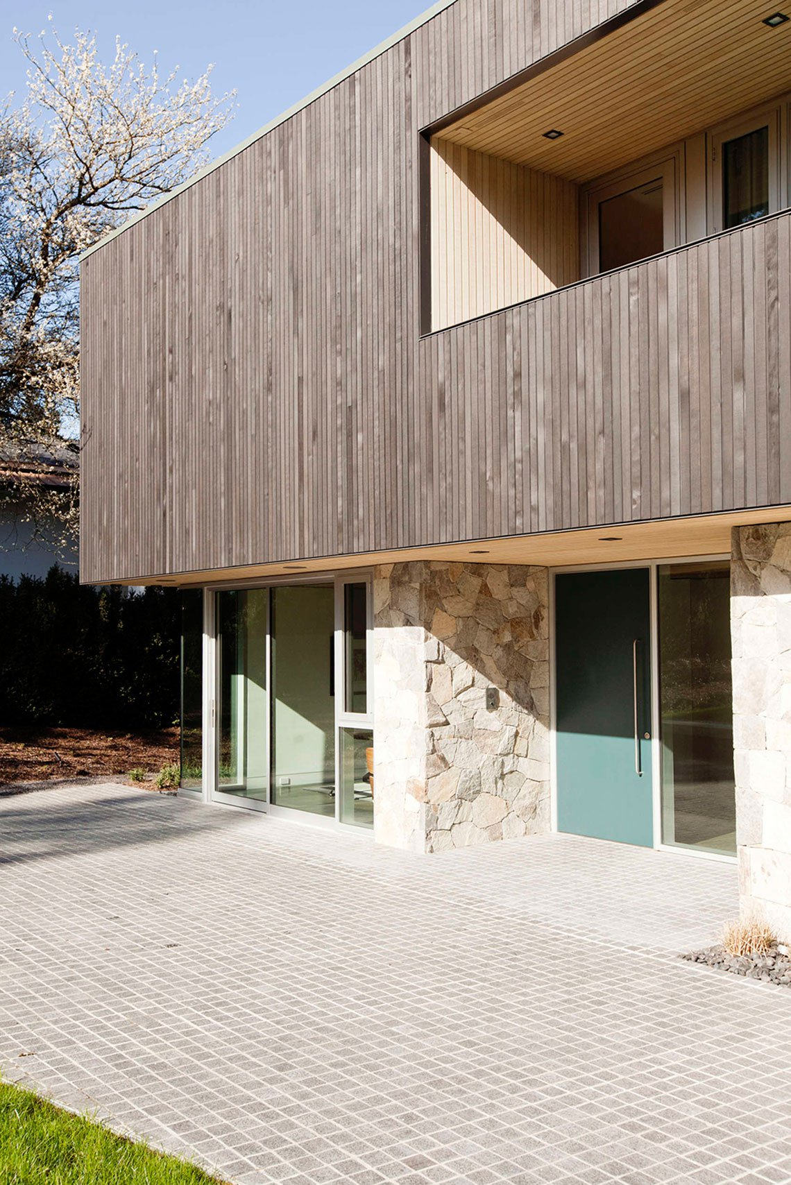 Point-Grey-Residence-02