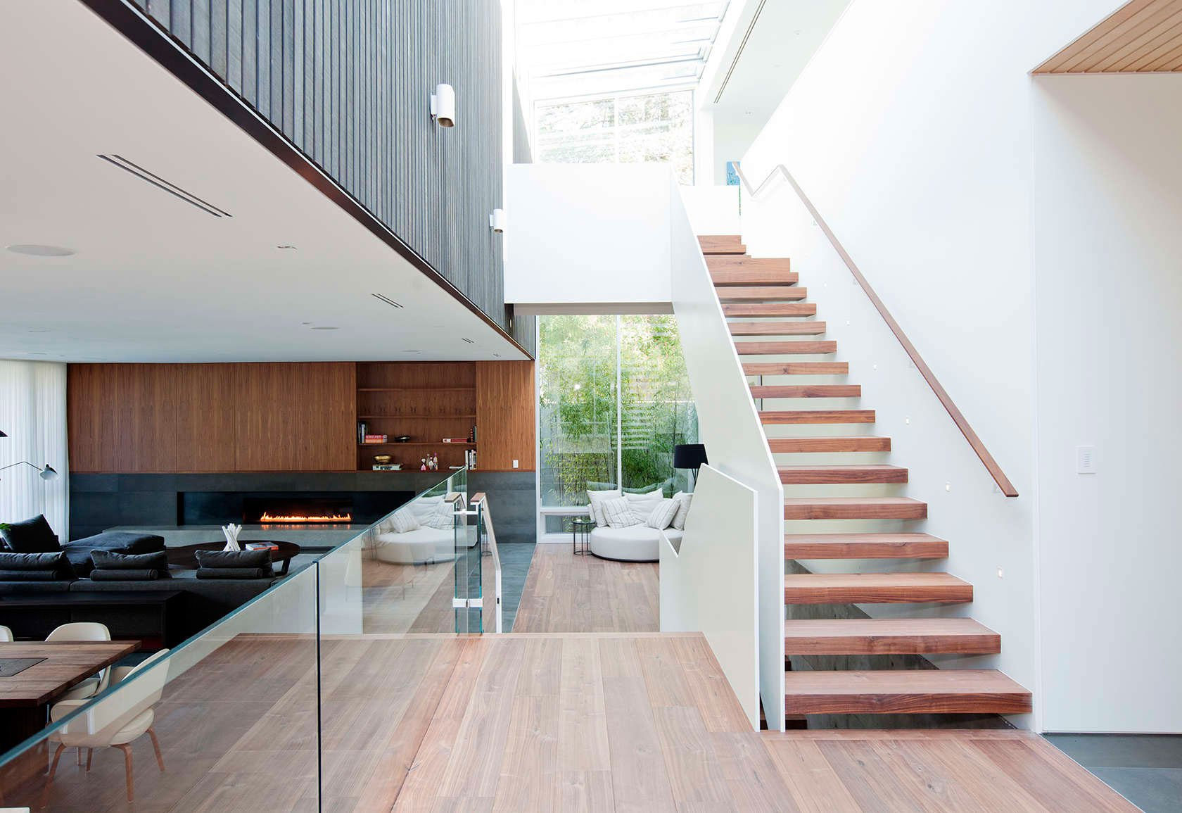 Point-Grey-Residence-08