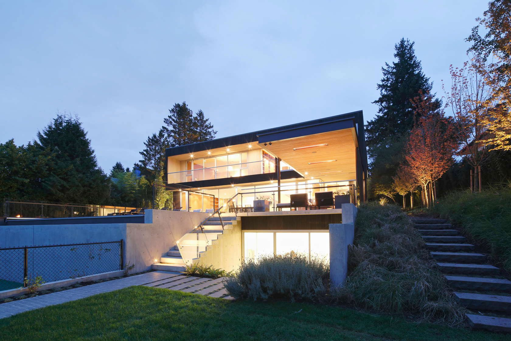 Point-Grey-Residence-16