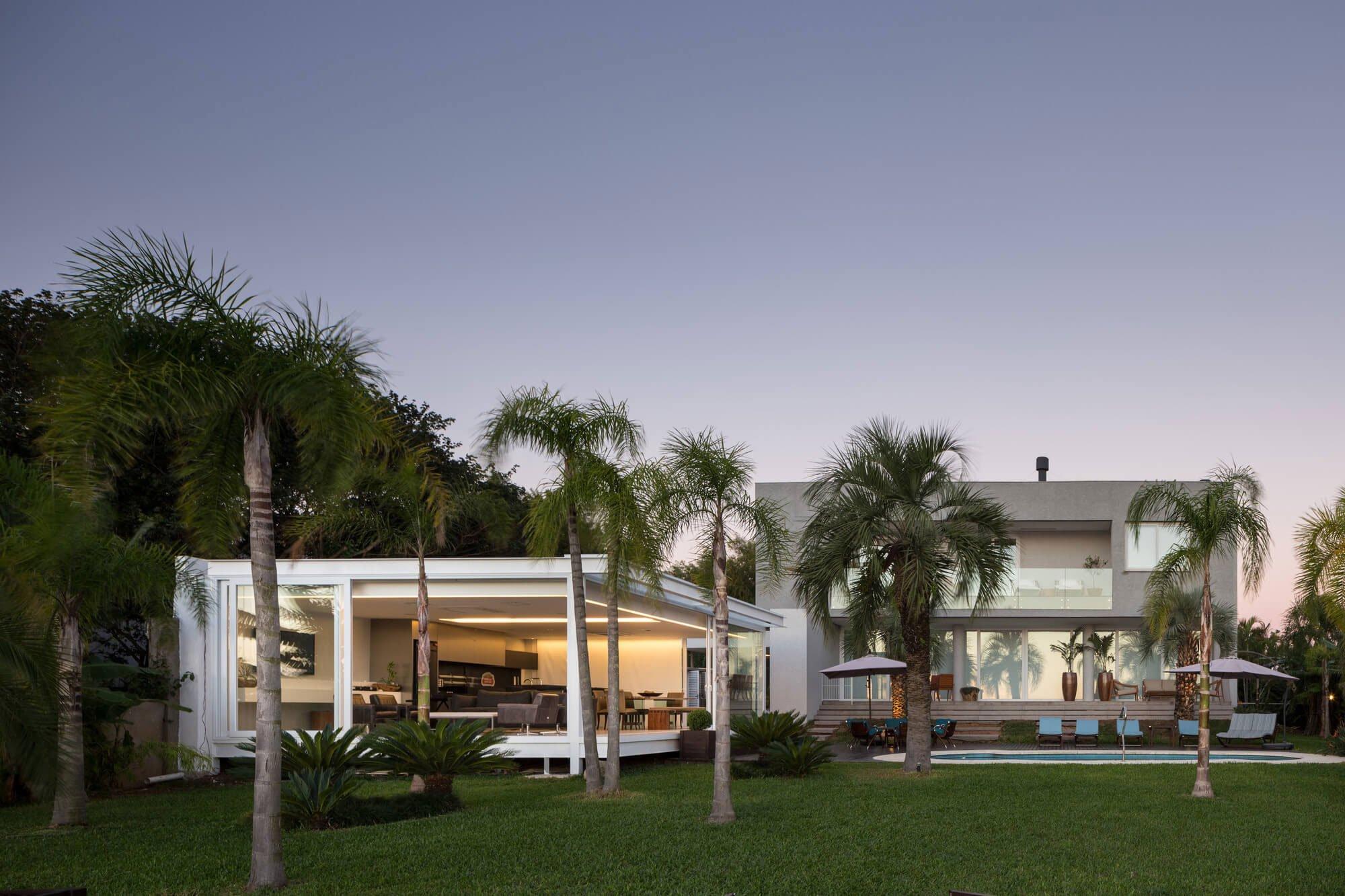 Pool-House-in-Porto-Alegre-22
