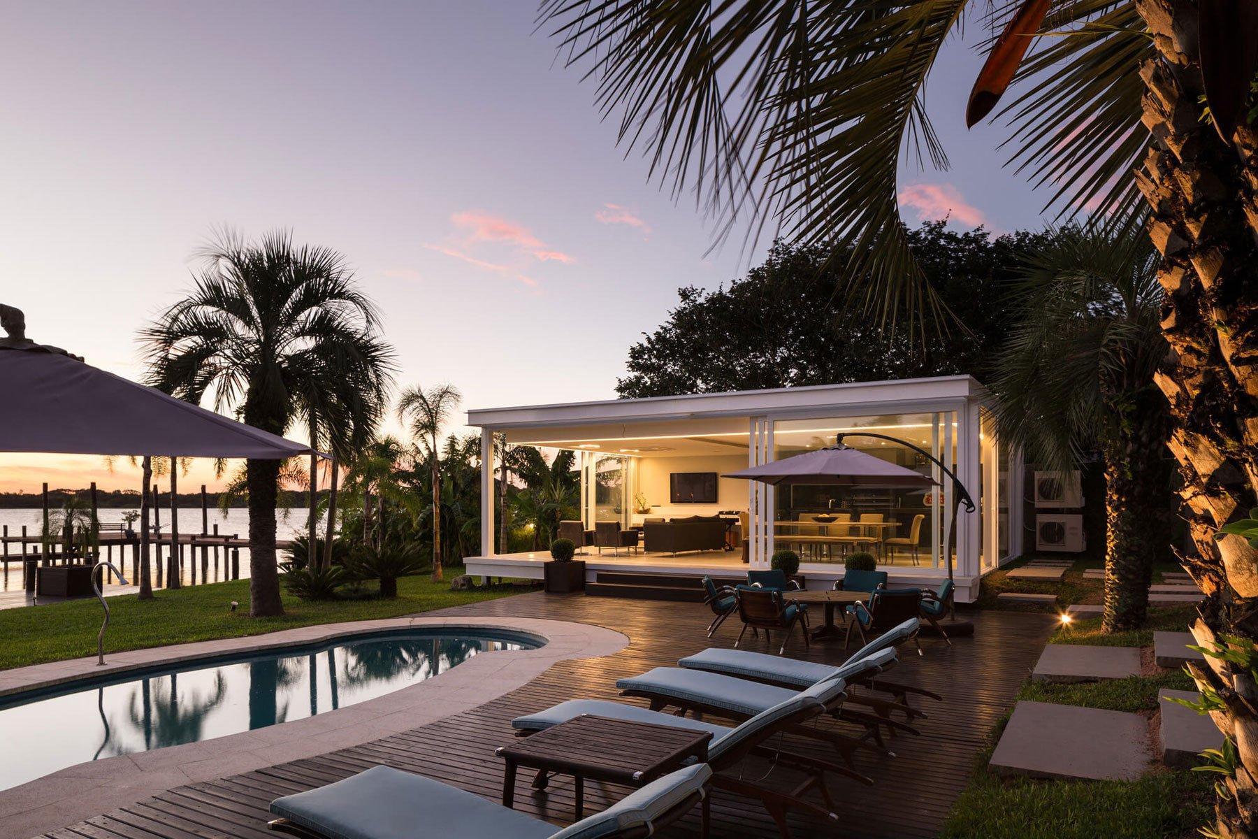 Pool-House-in-Porto-Alegre-24