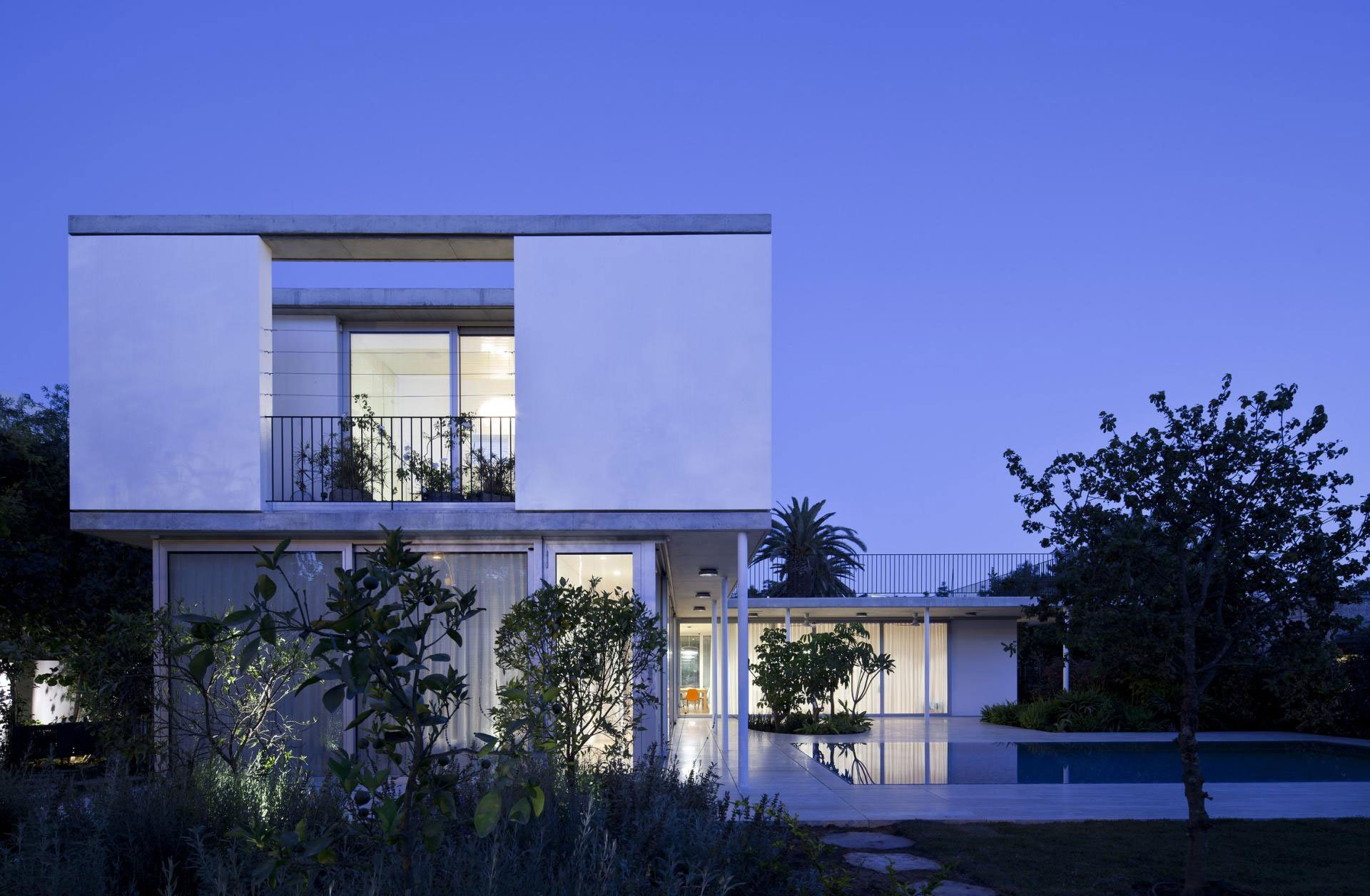 Private-House-in-Tel-Aviv-13