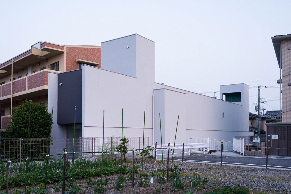 Promenade-House-01