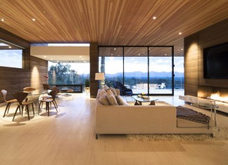 Rammed Earth Modern Residence by Kendle Design Collaborative