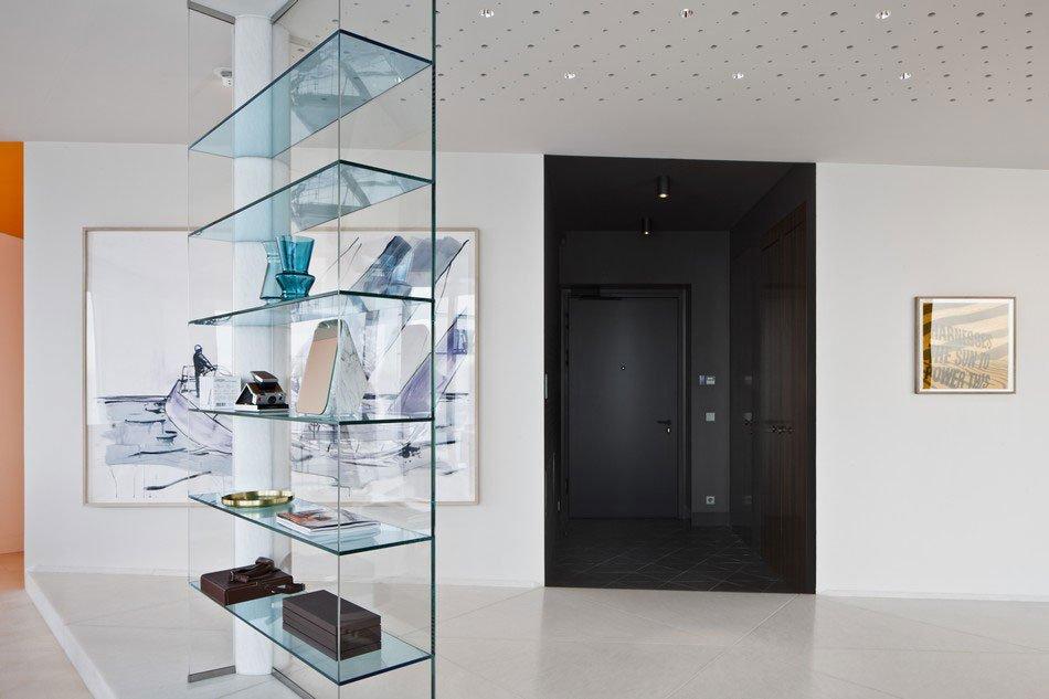 Ritz-Apartment-02