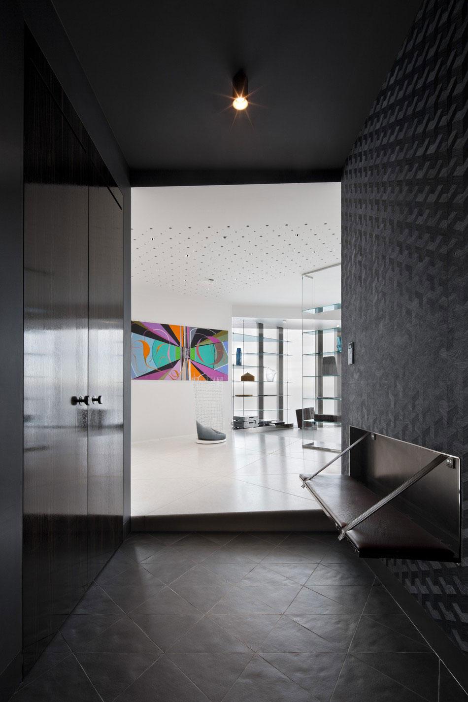 Ritz-Apartment-03