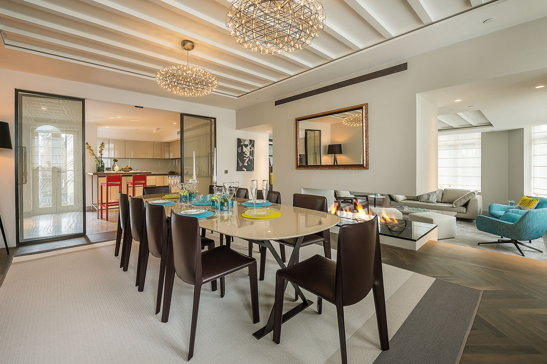 Sophisticated Apartment Located in the Heart of London-09