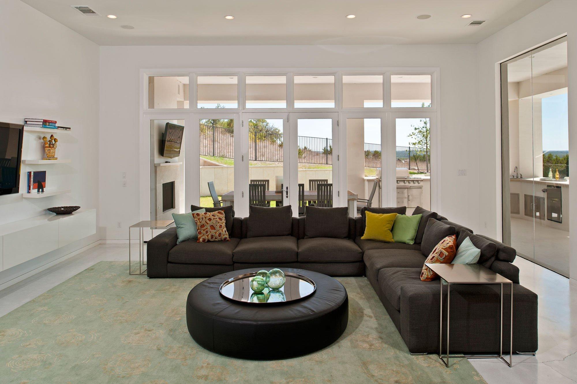 Spanish-Oaks-Residence-04