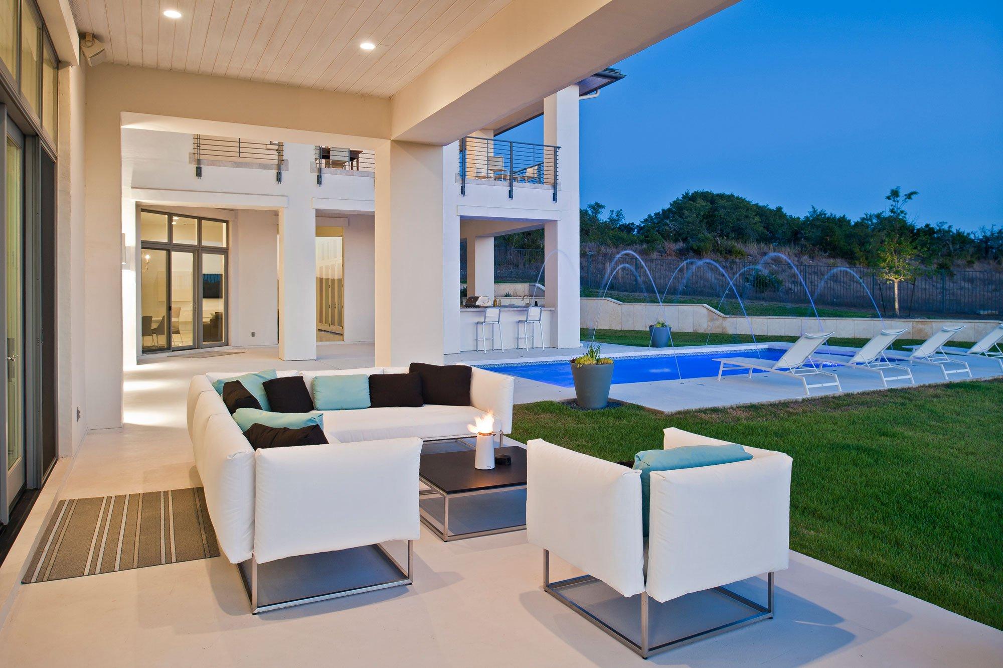 Spanish-Oaks-Residence-10