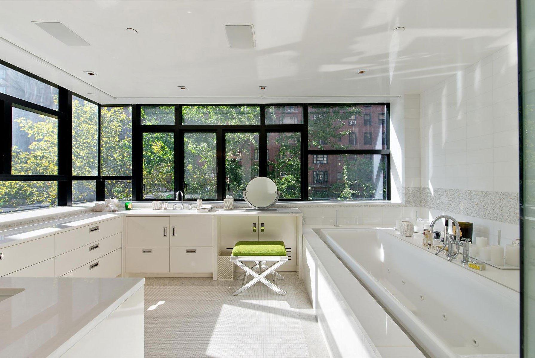 Stunning-Modern-Townhouse-Living-11