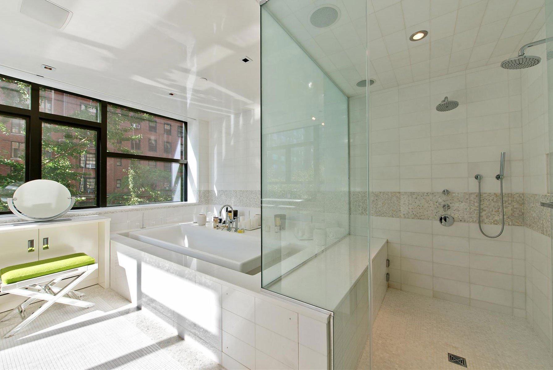 Stunning-Modern-Townhouse-Living-12
