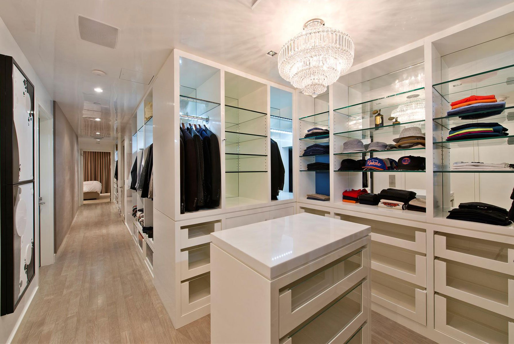 At home with stunning bath and walk in closet modern bathroom -  Stunning Modern Townhouse Living 13