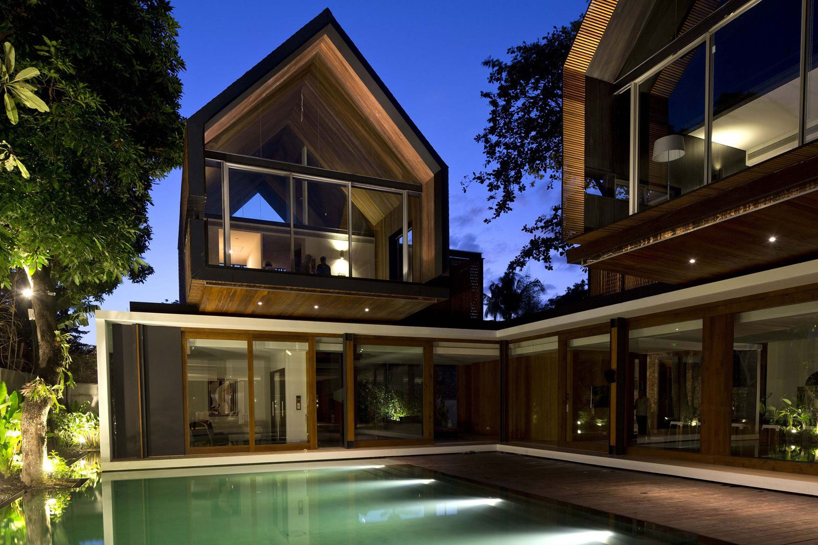 Svarga Residence By Rtq Architects