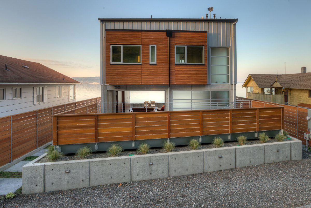 The-Tsunami-House-03