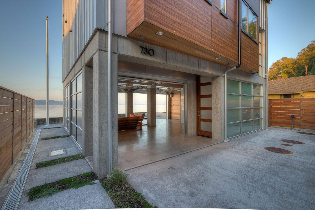 The-Tsunami-House-07