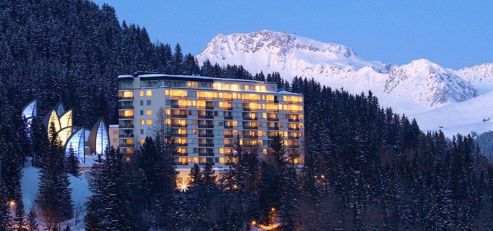 Tschuggen-Grand-Hotel-01
