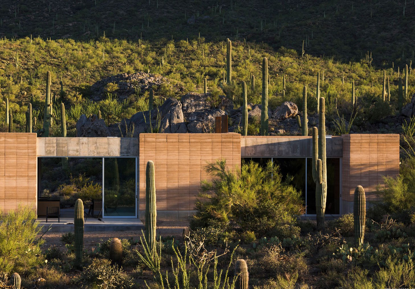 Tucson-Mountain-Retreat-03