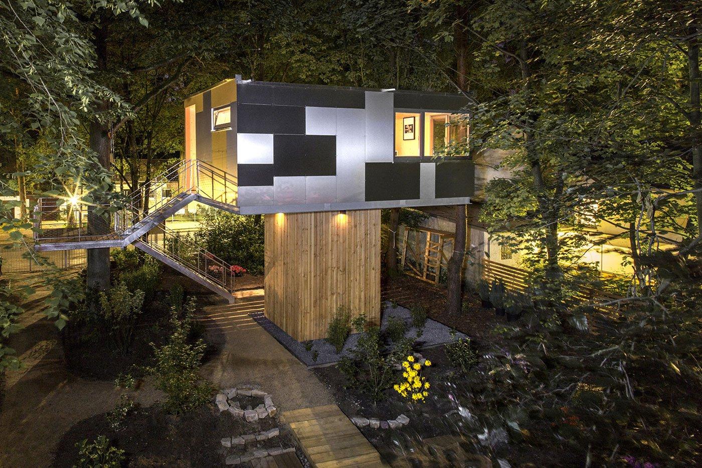 Urban Treehouse by baumraum