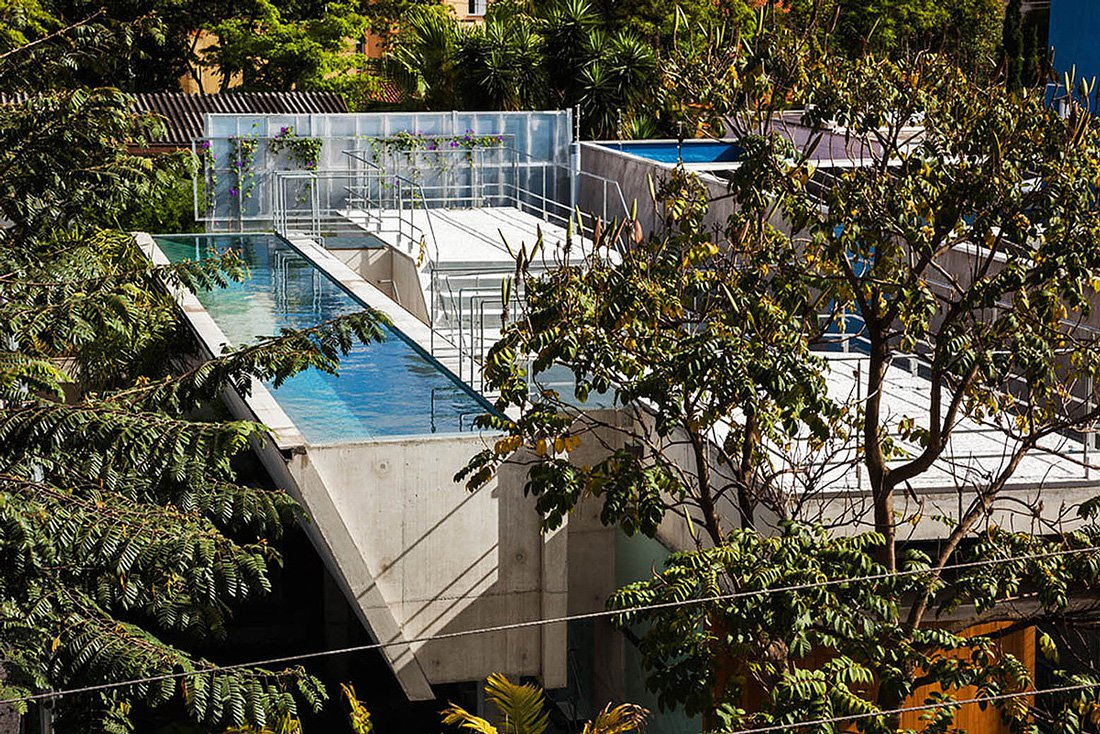 Weekend-House-in-Downtown-Sao-Paulo-01-1