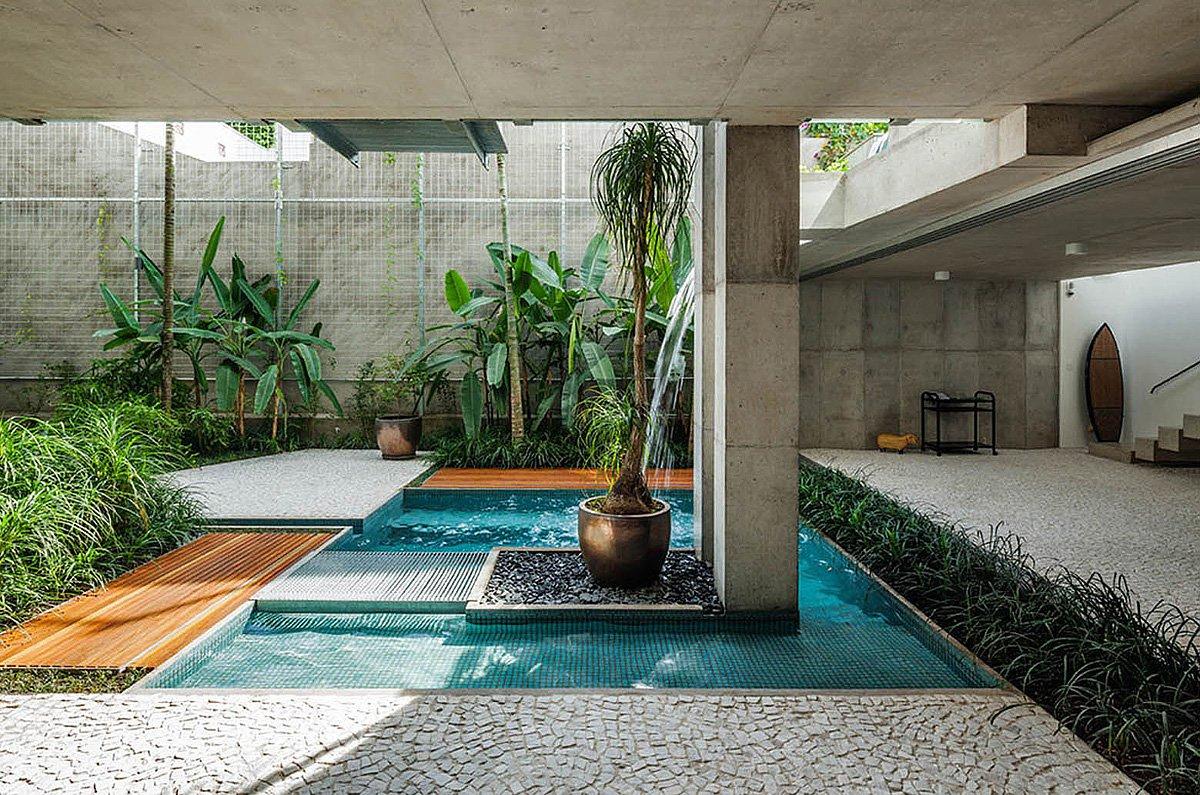 Weekend-House-in-Downtown-Sao-Paulo-09