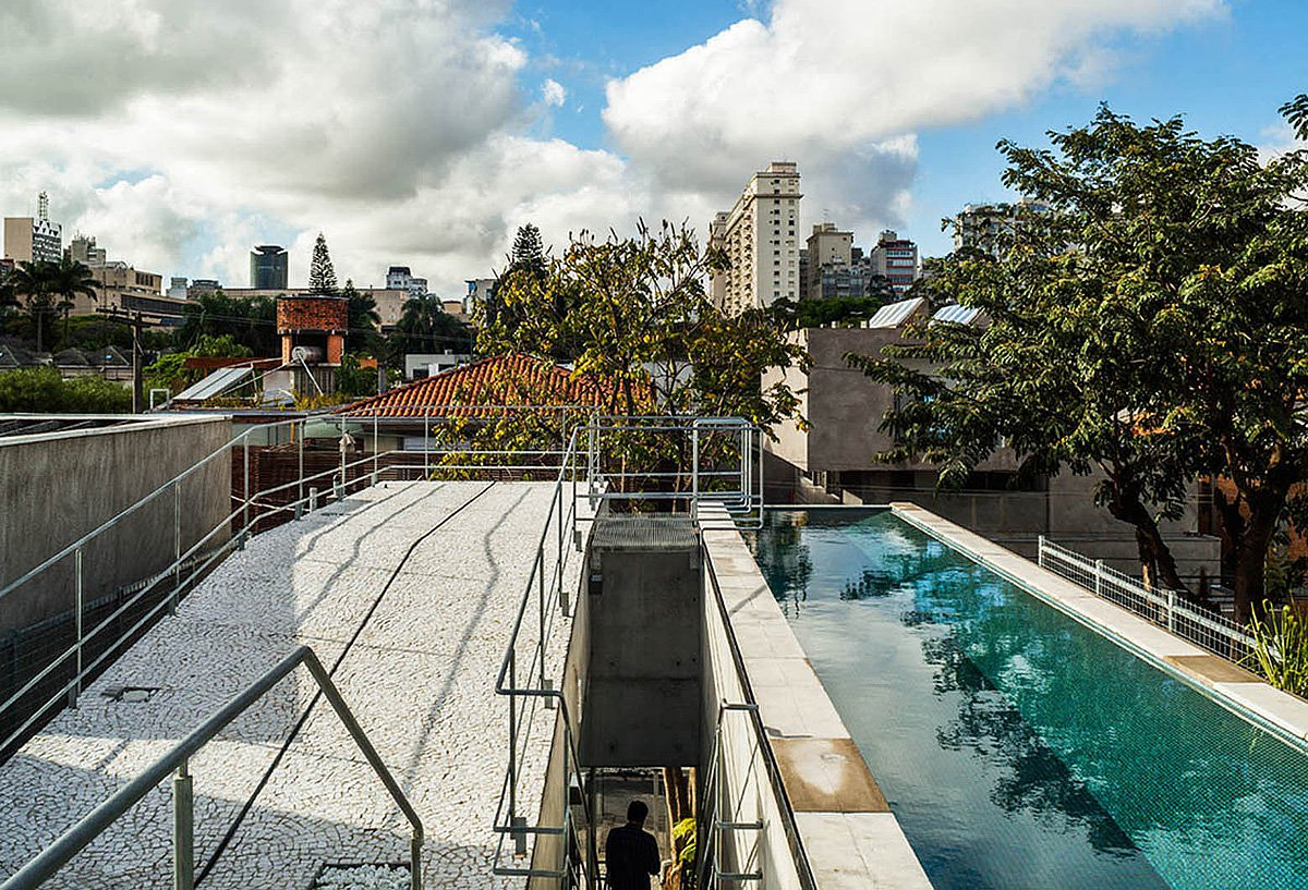 Weekend-House-in-Downtown-Sao-Paulo-17