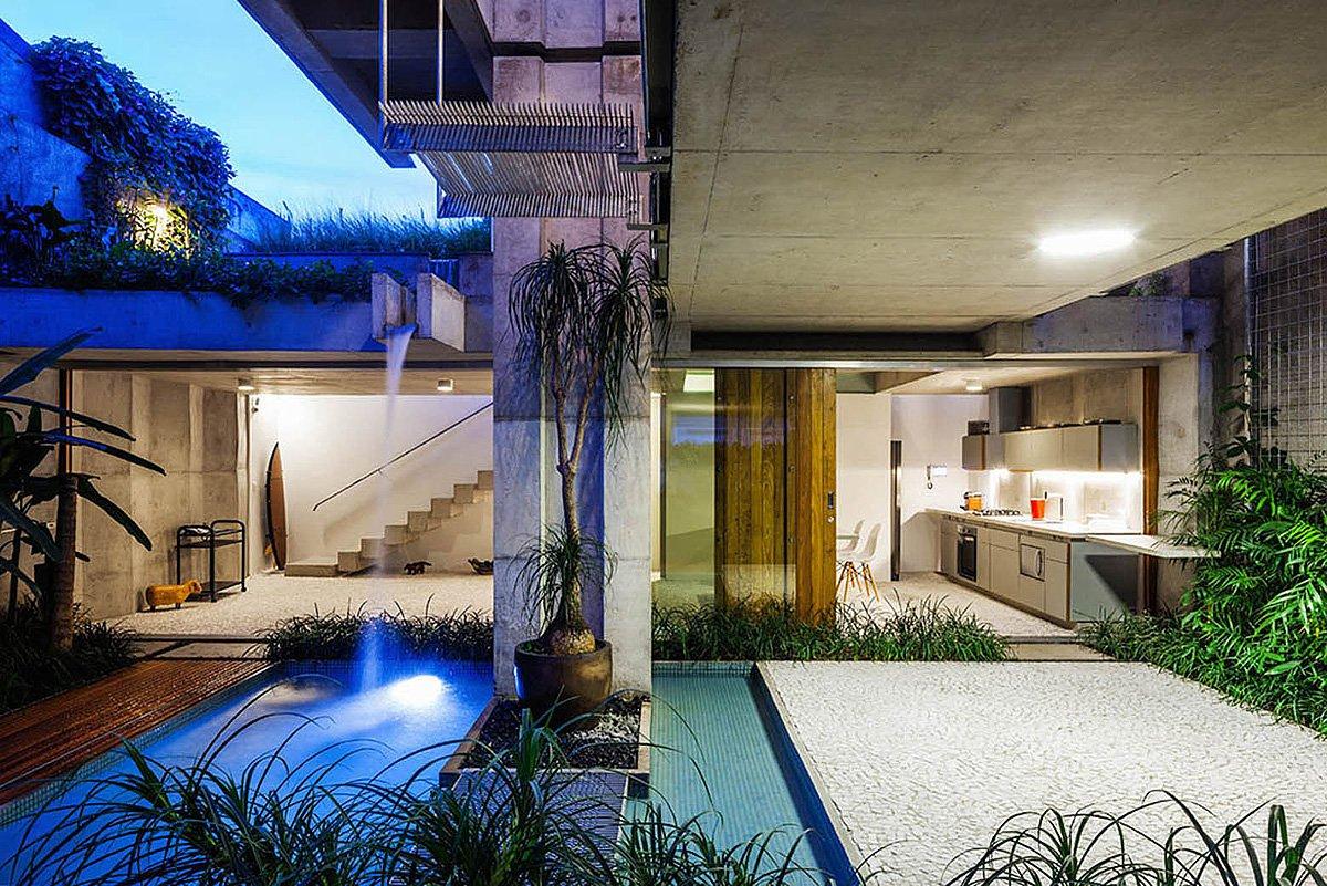 Weekend-House-in-Downtown-Sao-Paulo-19-3