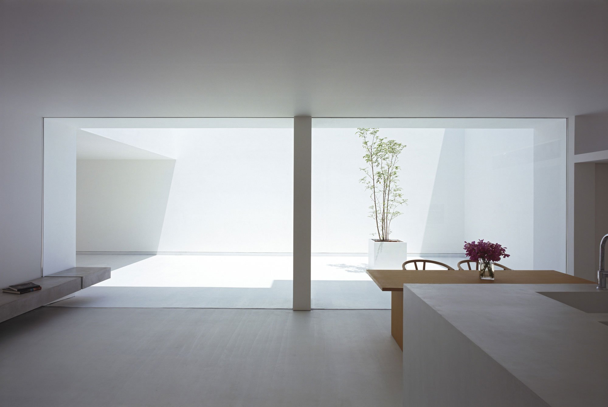 White-Cave-House-11