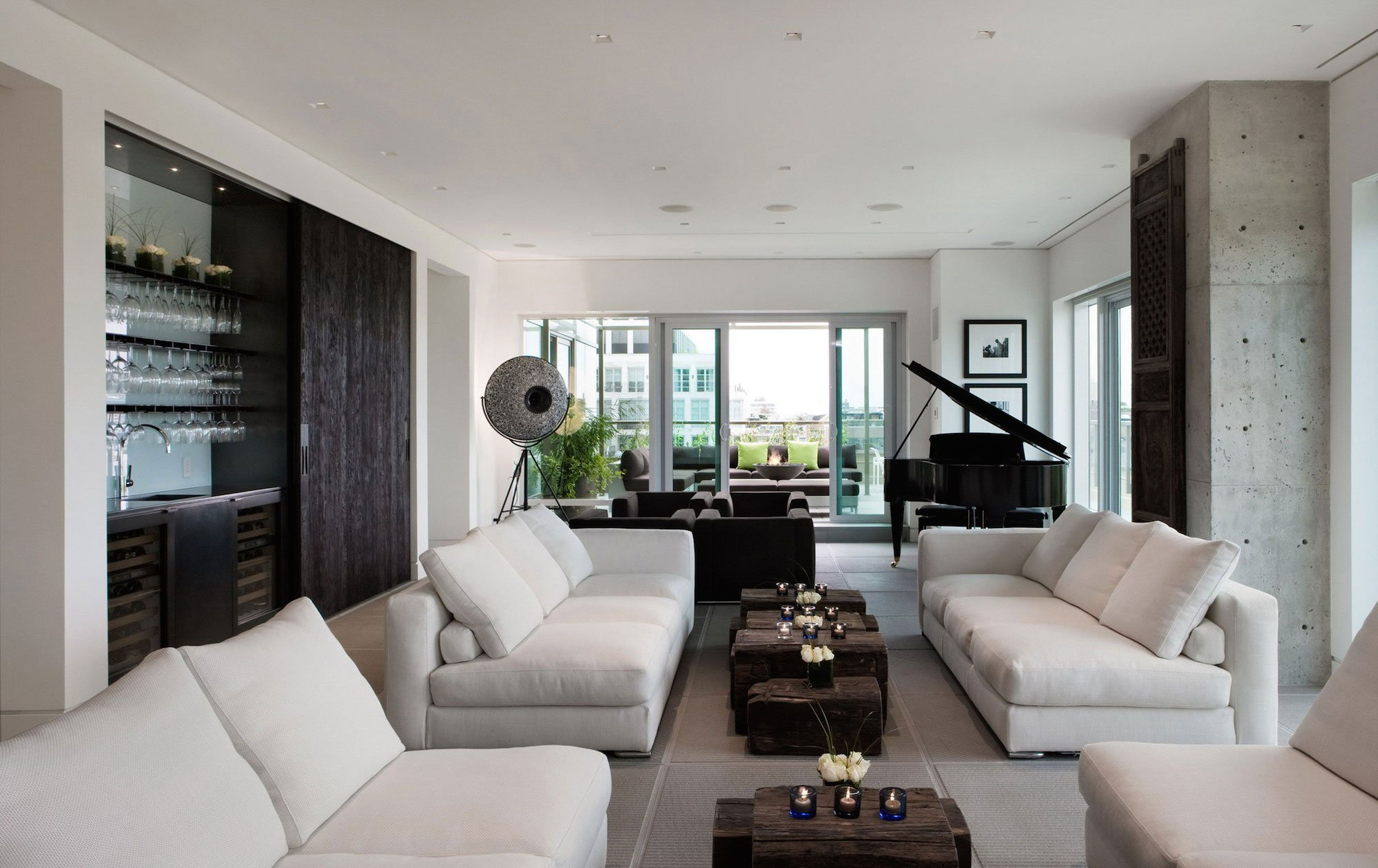 Yorkville penthouse by cecconi simone inc
