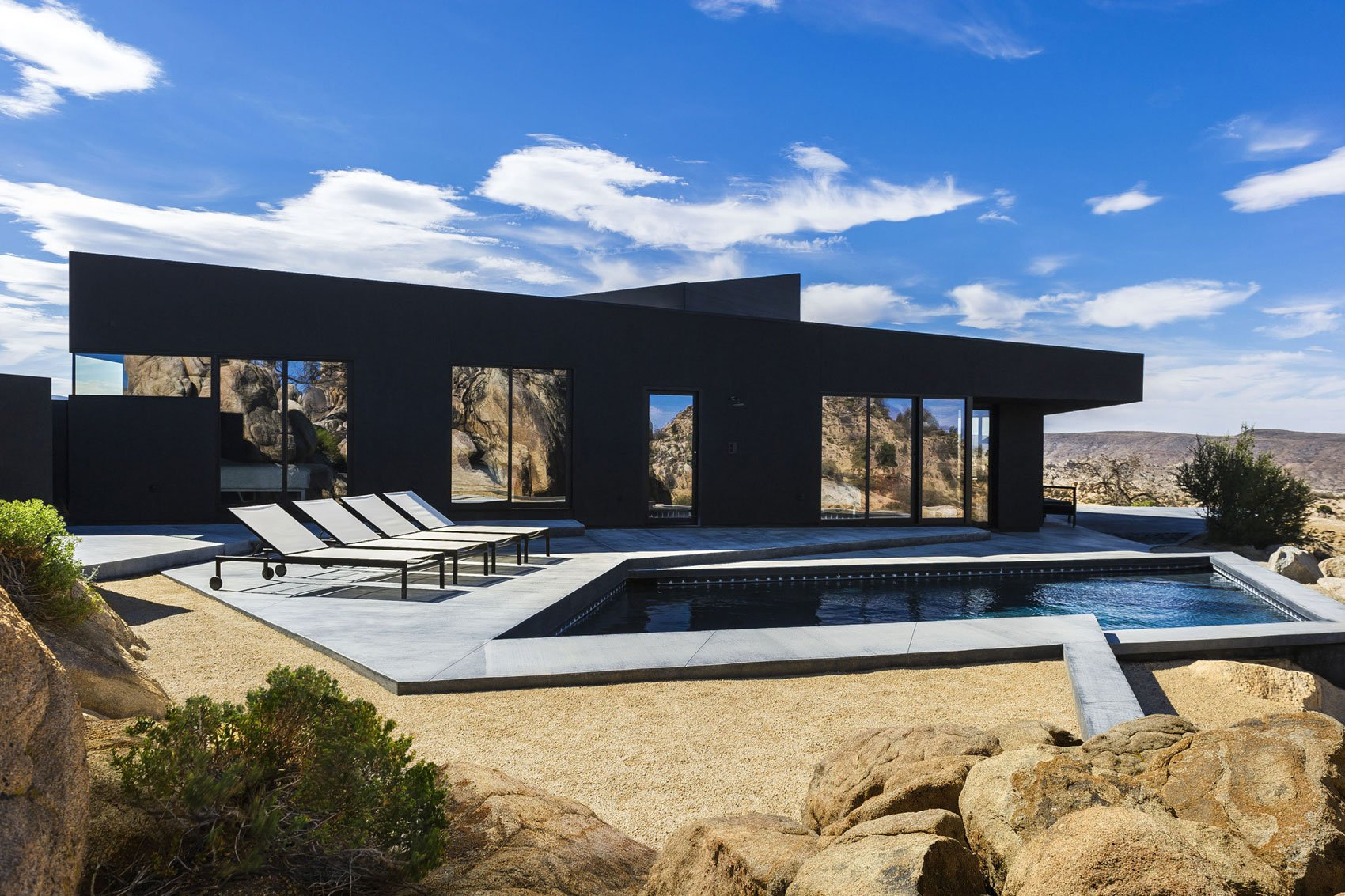 Yucca-Valley-House-3-10