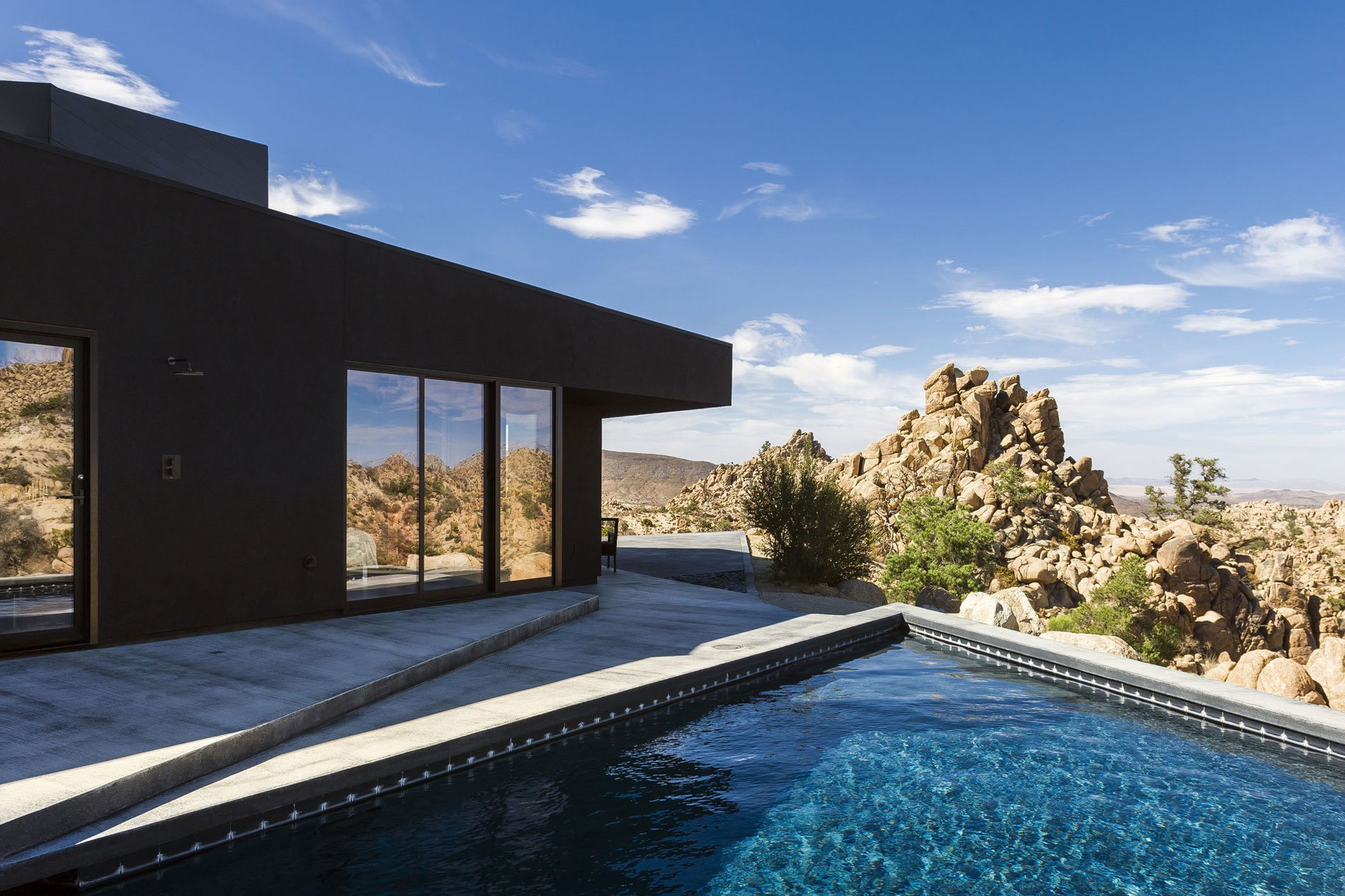 Yucca-Valley-House-3-12