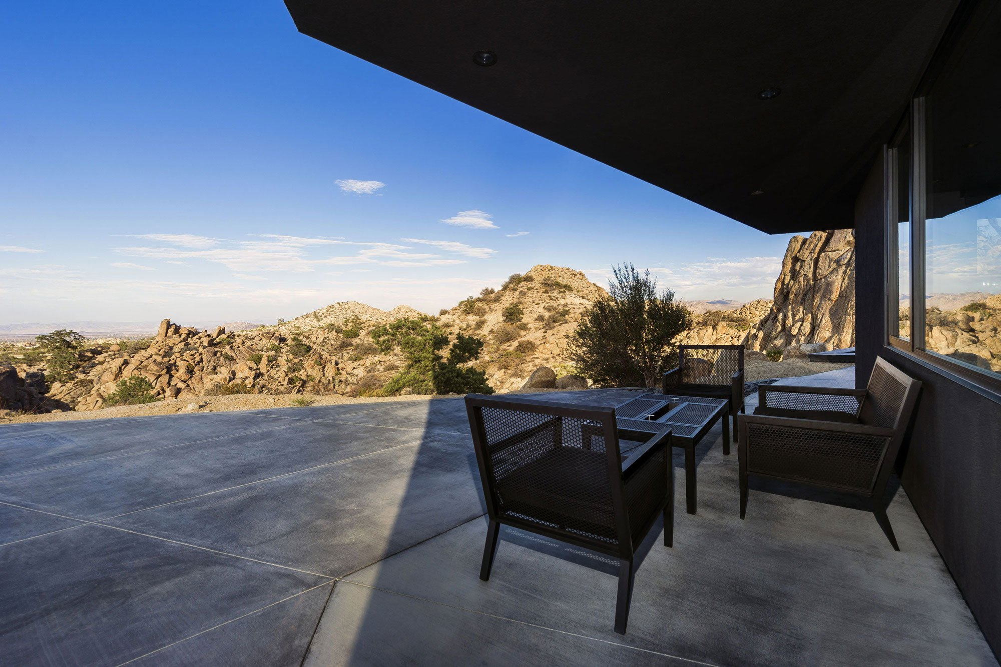Yucca-Valley-House-3-15