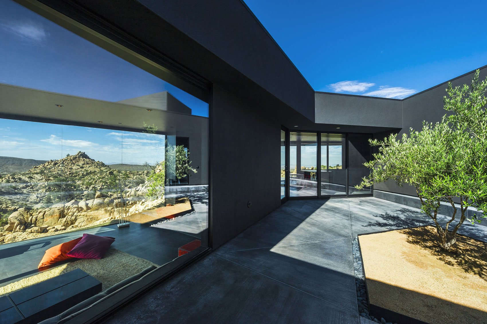 Yucca-Valley-House-3-17
