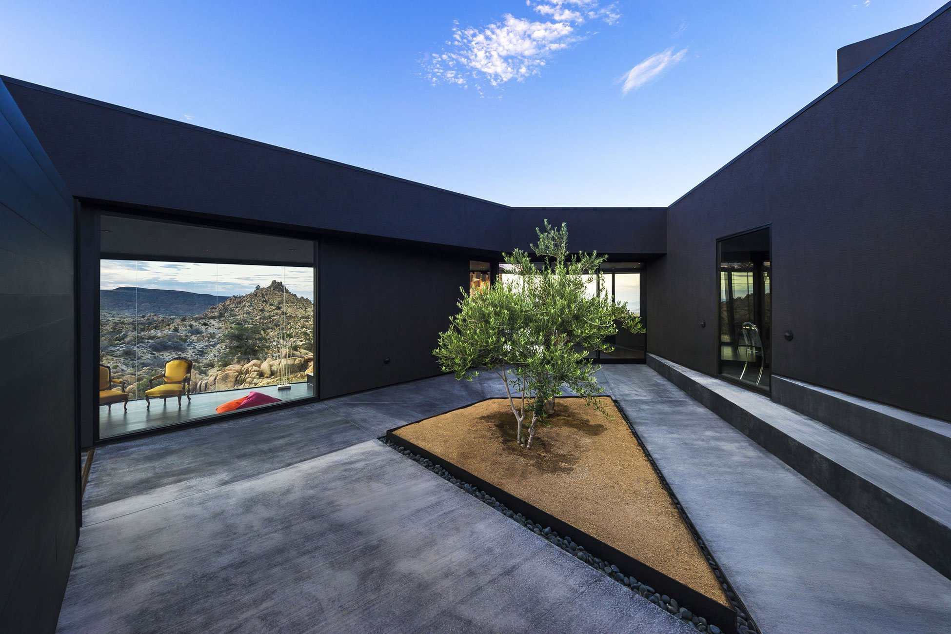 Yucca-Valley-House-3-18