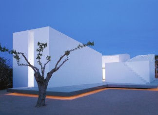House 2 For A Photographer 2 by OAB