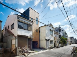 House in Nada by Fujiwarramuro Architects