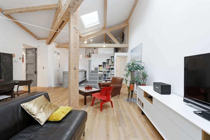 112 Belleville Loft by Multiarchi