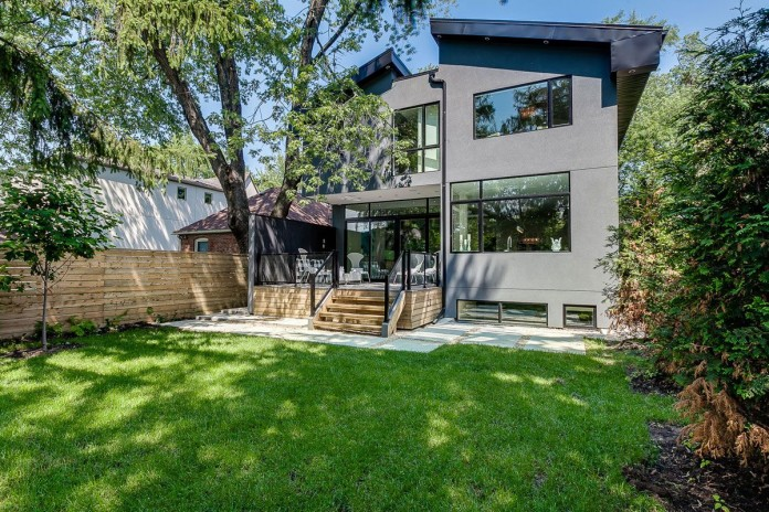 166 The Kingsway Residence in Toronto-02